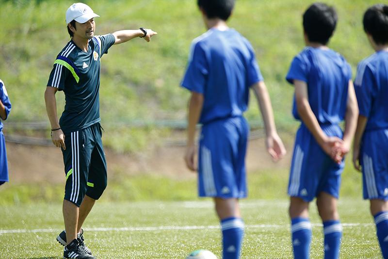 世界で戦える選手を育成する。廣山望のサッカー指導者としての挑戦 ...
